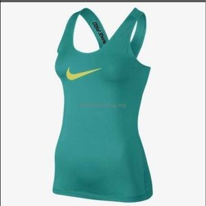 Nike Womens Pro Core Fitted Tank Top Green/Venom